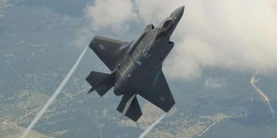 用什么武器,可以成功锁定并击毁美国的f22和f35战机呢?