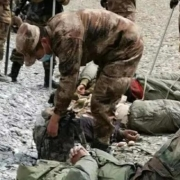 两国军人不准动枪的情况下发生冲突如何一招制敌?