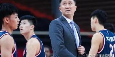 杨鸣、杜锋、阿的江、刘维伟,四个主教练的球员时期,谁最强?