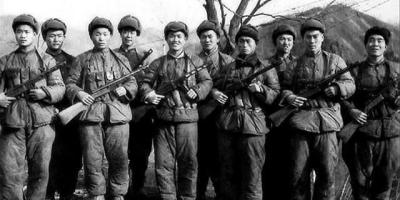抗美援朝战争中,装备落后的志愿军为何能打败武装到牙齿的美军?
