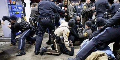 在美国,辱骂警察会有什么后果和下场?