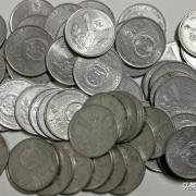 1999硬币值多少钱?