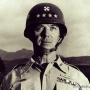 美国第八集团军副司令是什么军衔?