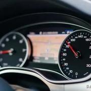 仪表盘上的速度是100公里/小时,你知道真实的车速是多少吗?