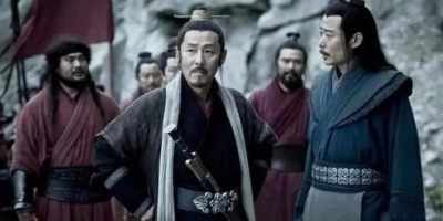 项羽对人恭敬,亲手给部下端饭,为何人才都跑到刘邦那里去了?