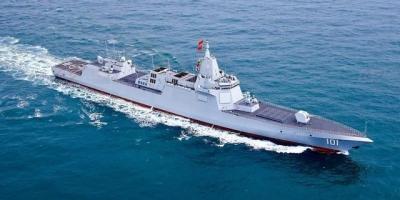 055万吨大驱在未来航母战斗群中配备几艘合适?