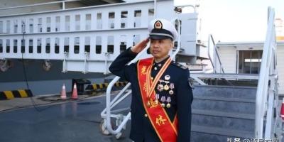 辽宁舰首位一级军士长退休,一级军士长是什么级别?容易获得吗?