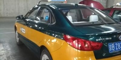 请问大家认为在北京这样的城市出租车司机每天工作十几个小时的情况下,收入应该多少?