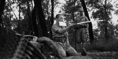 """日本的""""万岁冲锋""""战术这么蠢,为什么日本军队几十年不改?"""