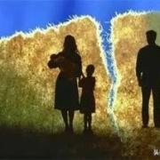 50岁男人为照顾生病的母亲,辞职离婚回老家,结局你想到了吗?