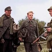 纳粹德国在二战战败后,为什么士兵们不脱下军装逃命,而是选择成建制的投降?