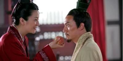 孙尚香的剑法和刘备的剑法哪个厉害?