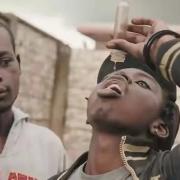 津巴布韦的年轻人为什么喜欢喝糖浆?而不去打工?