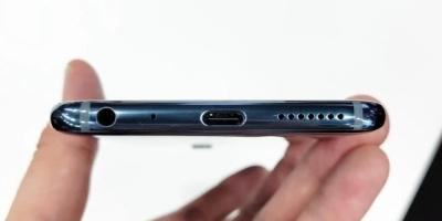 回顾手机发展史,取消哪些功能让你感觉最可惜?