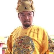 想起兵得有钱有粮食,朱元璋一个乞丐怎么做到得起兵?