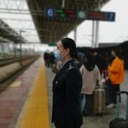 好多人都挤破头进铁路,铁路就那么好吗?