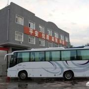 为什么明明高速上有服务区,有些跑长途的大巴司机还要下高速去吃饭?