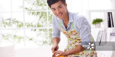 女孩一定要在婚前学会做饭做家务吗?